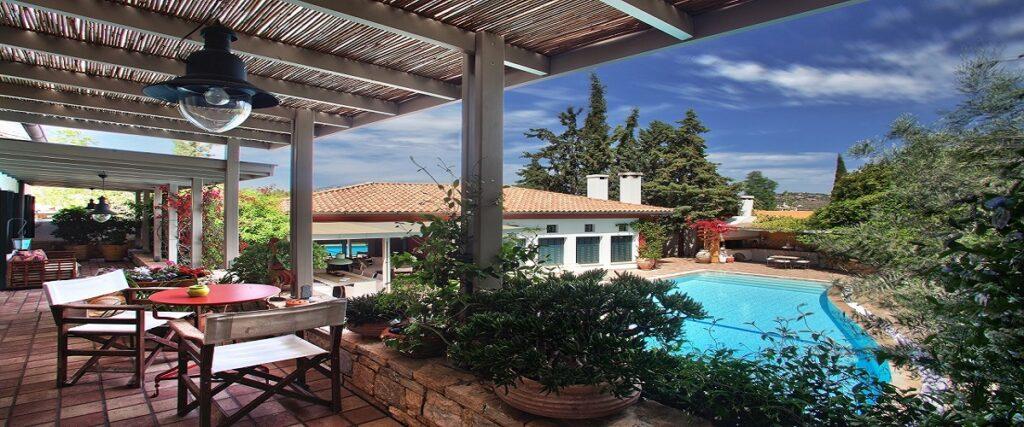 Wonderful Villa in Peania