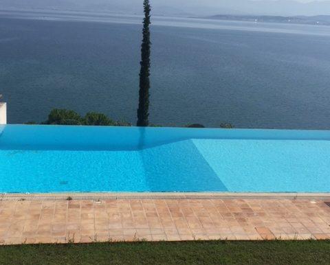 Συγκρότημα Κατοικιών με πισίνα στον Άγιο Μηνά Ευβοίας. Μεσιτικό Μωυσιάδης