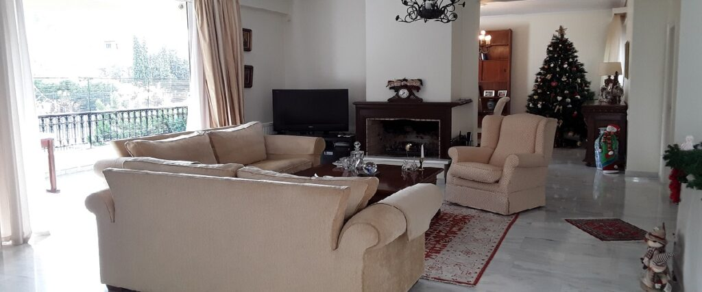 Lovely Duplex Residence in Filopappou