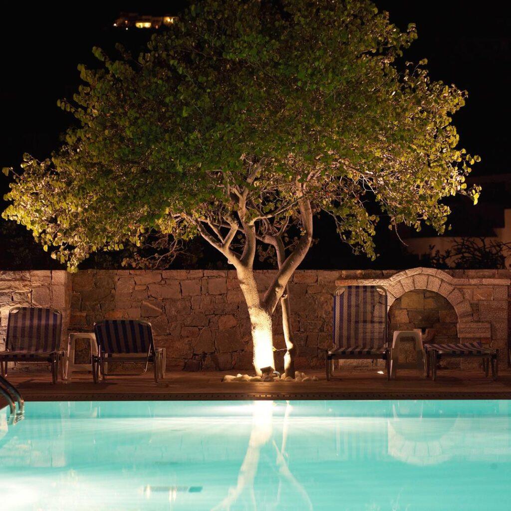 Ξενοδοχείο στην Ελούντα