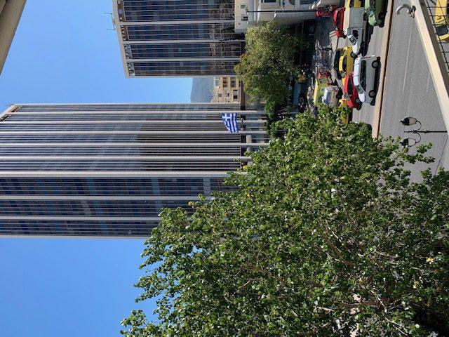 Διαμέρισμα προς Πώληση Απέναντι απο τον Πύργο των Αθηνών