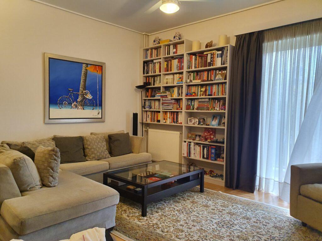 Ανακαινισμένο Διαμέρισμα στο Κολωνάκι