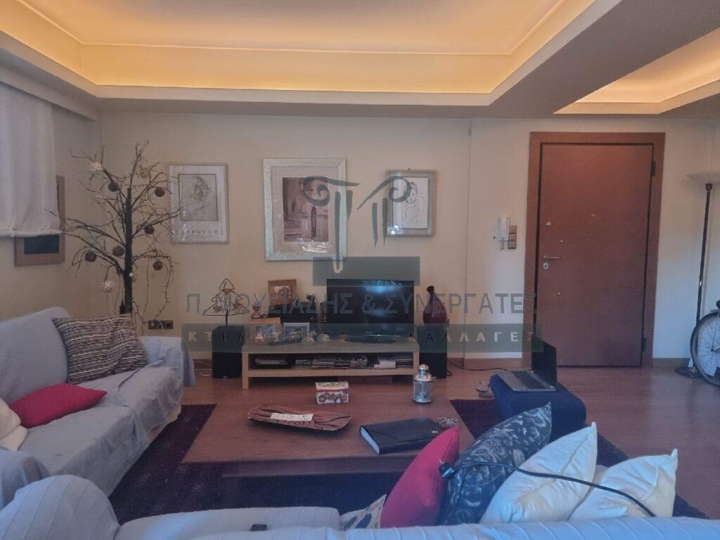Ανακαινισμένο διαμέρισμα στη Φιλοθέη